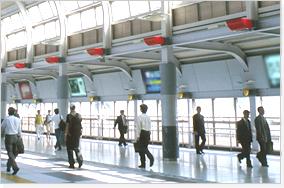 交差点や駅など医院以外への看板もご提案